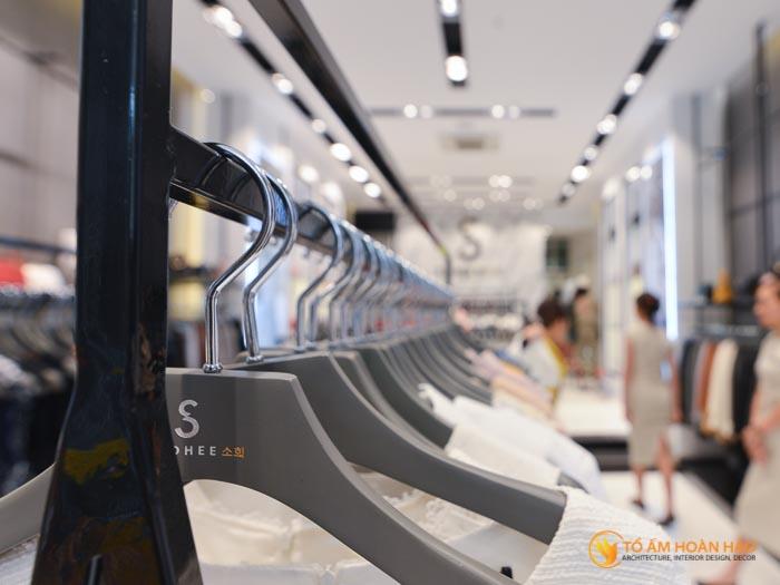 thiết kế thi công nội thất showroom thời trang Sohee Thanh Hóa 13